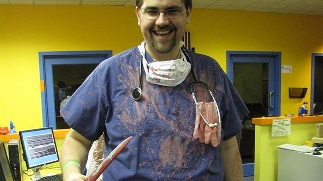 fake-surgeon.jpg