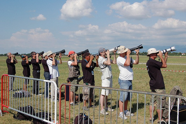 Spotters in action